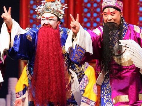 张攀刘铨淼的艺名中,看出桃儿对待徒弟的真心