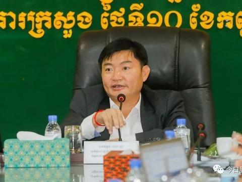 柬埔寨禁止外国人从事10项职业 ,理发师、导游、路边摊贩都不行