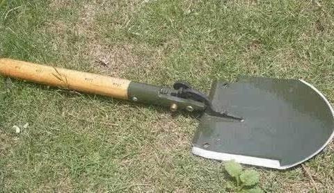 我军发明的工兵铲到底都有哪些用处?