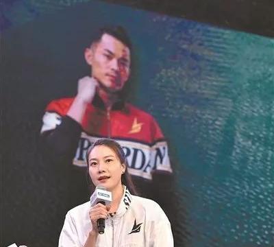 林丹专访:一直在路上 谢杏芳:他的坚持代表体育精神