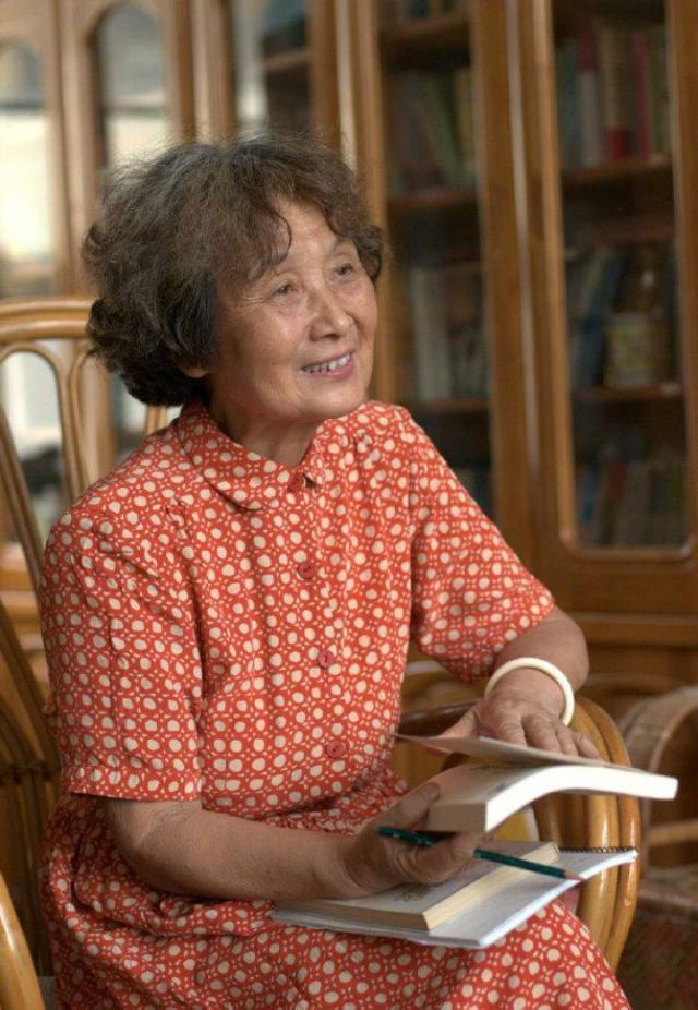 著名儿童教育家、情境教育创始人李吉林逝世,享年81岁
