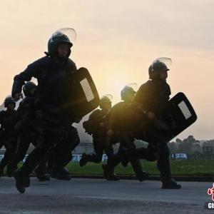 桂林武警基层指战员开展体技能大比武