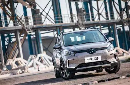 北汽新能源再推小型SUV-EC5,那些对手你怕不怕?