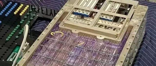 用 50 年前 NASA 送阿波罗上天的计算机挖矿是什么体验?