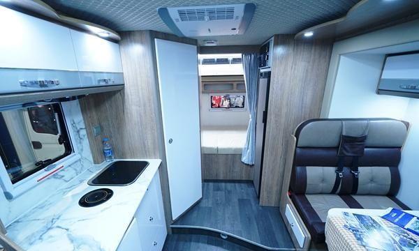 隆翠雪峰双拓C型房车 一款看似简单而不简单的房车