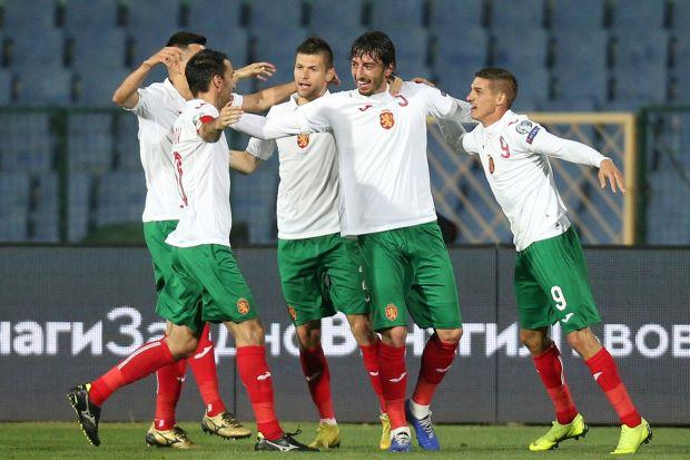 因球迷不当行为 保加利亚被欧足联命令取消球场观众席位