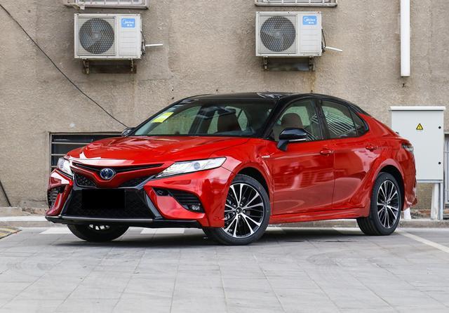 上半年合资中级车销量点评,雅阁超10万辆,天籁不及君威