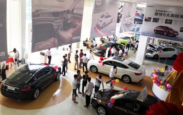 每年买车最便宜是什么时候?4s店员工:捉住这4个时机,亏本也卖
