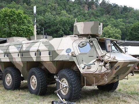 德军装甲工兵营开放日活动 特种装备稀奇古怪 体现汉斯机械怪癖