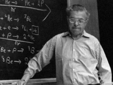 """浅谈宇宙大爆炸,他们捕捉到""""宇宙大爆炸回音""""获得诺贝尔奖!"""