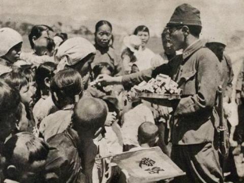 """日本教科书提到""""南京大屠杀"""",文字和图片看了令人愤怒,不要脸"""