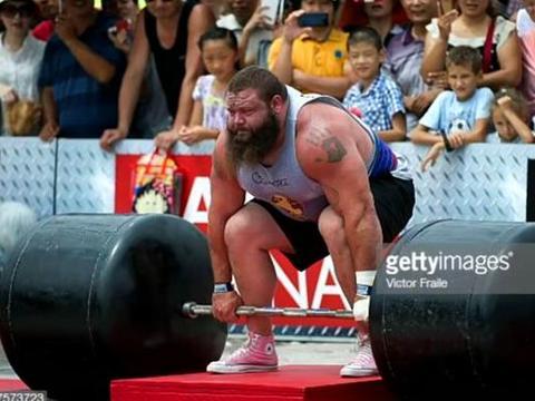 肌肉大佬直言:健身就不该做杠铃硬拉!令健身圈炸锅