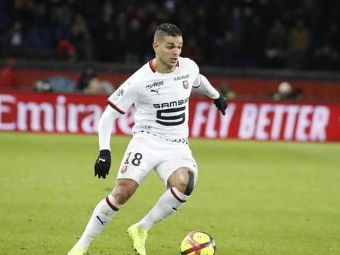 队报:西班牙人等三支西甲球队有意签下本阿尔法