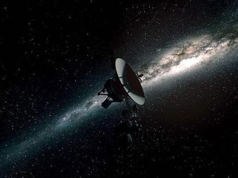 美国42年前将一金盘送入宇宙,现却引发巨大担忧:人类或因此毁灭