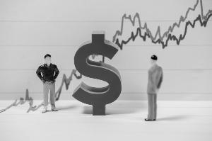 多国央行接踵降息滚滚热钱盯上新兴市场