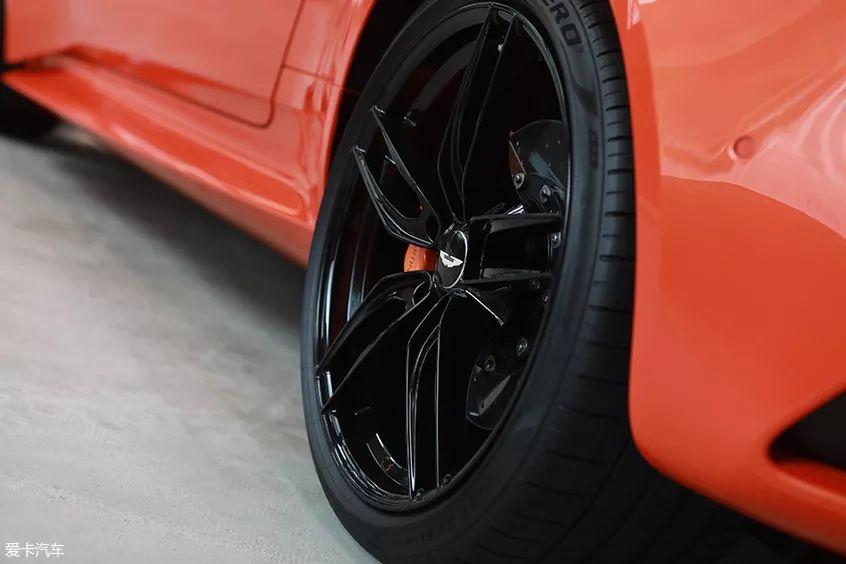 376.80万/年底交付,阿斯顿·马丁DBS Superleggera Volante驾到!