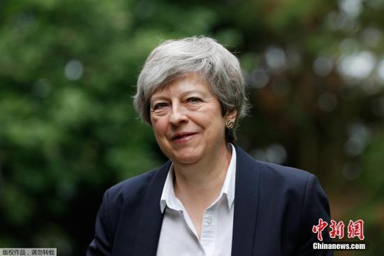英司法大臣高克追随特蕾莎
