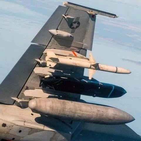 美军升级LRASM远程反舰导弹,将对中国海军造成何种威胁?