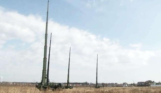 俄军基地发出超强电波,周边上千公里通信中断,北斗导航凸显威力