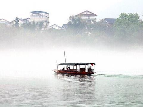 广西的水上古镇,距今已有400多年历史,却少有游客