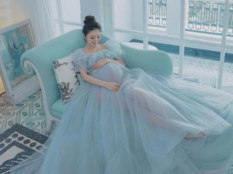 安以轩发布生子喜讯晒宝宝照片,宝宝脚上戴的巨钻闪瞎眼