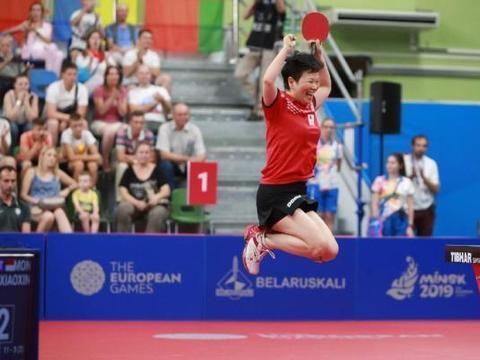倪夏莲在第五次出征奥运会,真是国际体坛上一大神迹