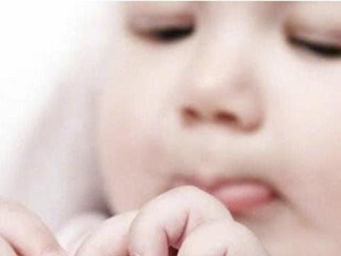 宝宝手指长倒刺,是不是缺乏维生素?