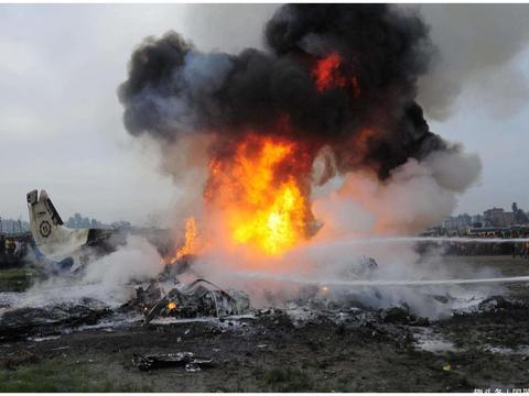 7台重要设备丢失,40名一流专家牺牲!中国空军史最严重的空难