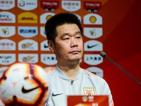 李霄鹏又要轮换球员力拼足协杯,亚冠负于恒大的教训还在眼前