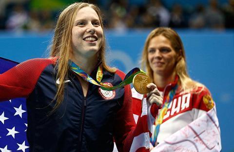 美国奥运冠军炮轰孙杨,不想同处在一个泳池,与兴奋剂比赛很悲哀