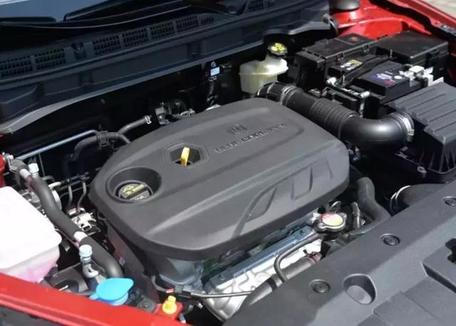 预算5万就买它,最帅国民车:油耗低至5.2L,还带自动启停