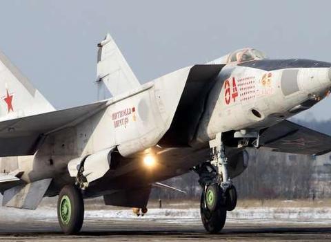 俄罗斯米格-25战斗机的初衷:旨在消灭美国的超音速轰炸机