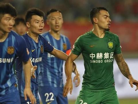 北京国安0-1江苏苏宁!巴坎布遭炮轰,谁注意于大宝举动