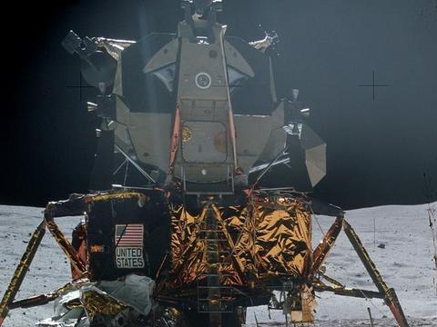 美国当时登月后航天员是如何从月球返航的?