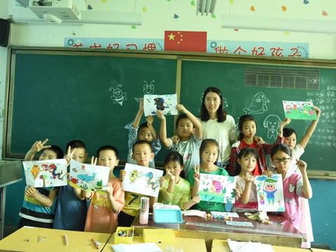 江南大学北美学院暑期社会实践活动走进镇坪县同维希望小学