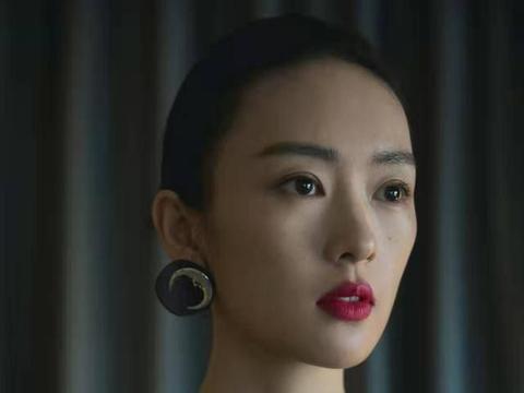 佟丽娅辞演的《三十而已》,被童谣接棒,江疏影C位稳了