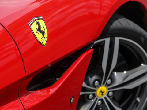 法拉利Portofino综合路段试驾报告,动力与操控都还满意