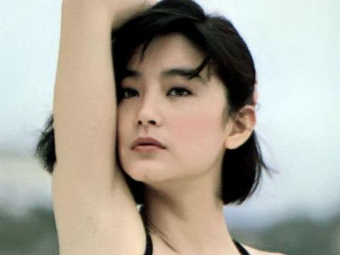 """有种""""遗传""""叫林青霞女儿,颜值气质均在线, 身材堪比""""超模"""""""