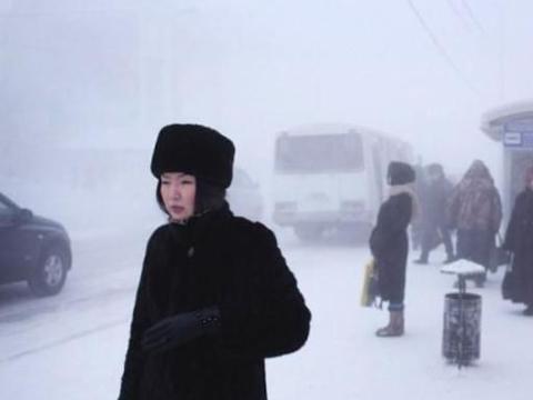 """世界最冷的城市:鱼出水5秒变""""冰棍"""",菜市场不卖青菜只有鱼!"""