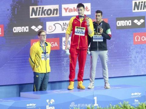 世锦赛-国际泳联警告霍顿无礼行为 给得太轻了?
