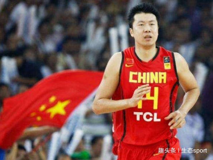 中国男篮25年最强5人评选,姚明阿联上榜,网友:没有王治郅?