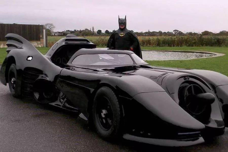 周杰伦座驾大盘点,AE86、蝙蝠车都不算最抢眼,两台超千万!