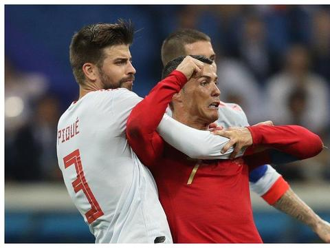 俄罗斯世界杯上的中国功夫:锁喉功、铁砂掌、扫堂腿招招制敌