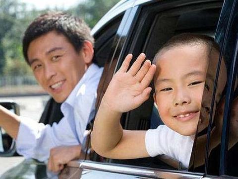 想孩子长大不胆小自卑,爸爸别是这3种性格,否则孩子长大难优秀