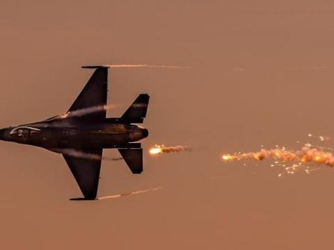 """阿根廷空军最终没有选择""""枭龙"""",而是买了韩国的""""金鹰""""战机"""
