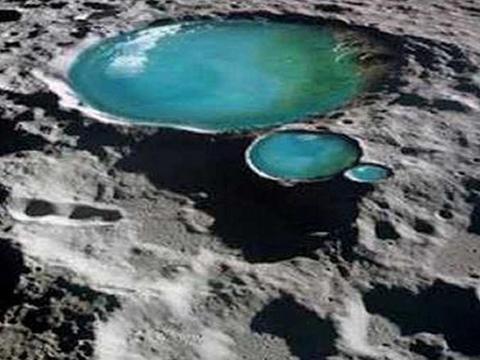 水星陨石坑对比发现:月球上的水可能比想象的多得多