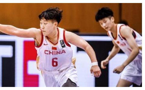 女篮世界杯中国74-49大胜阿根廷队,陈明伶表现精彩