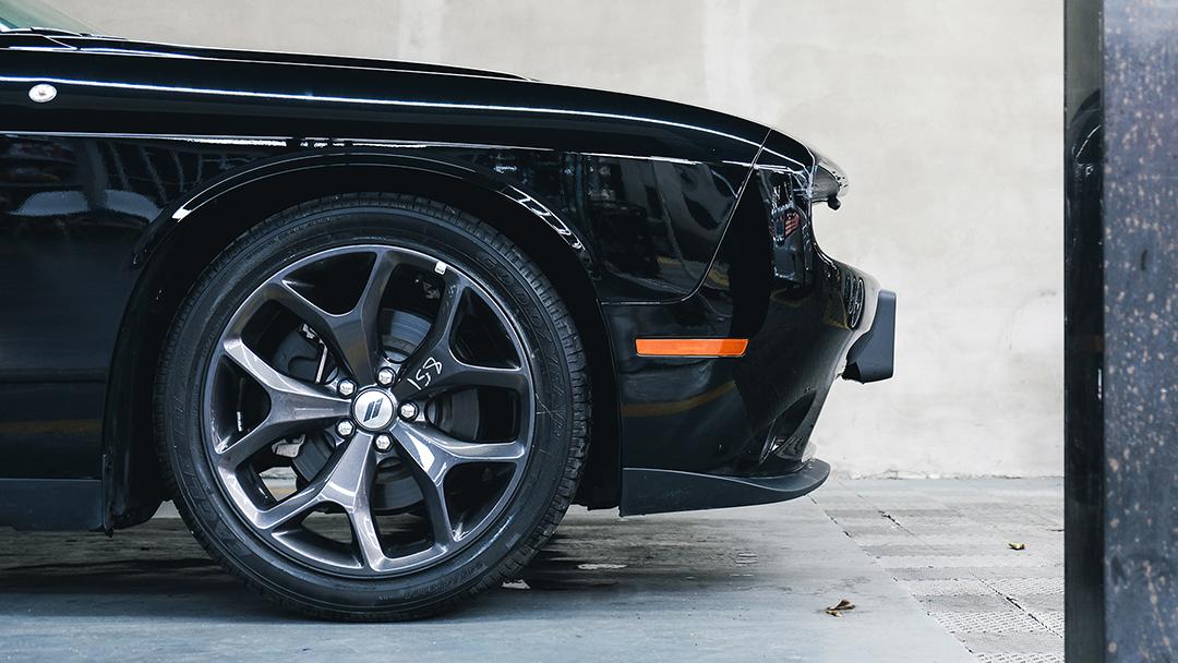 是男人都想拥有!V6+8AT,动力不强但我开着巨爽!