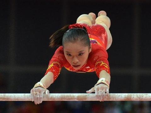姚金男是中国体操队一位较为优秀的全能型选手。她四项较为平均
