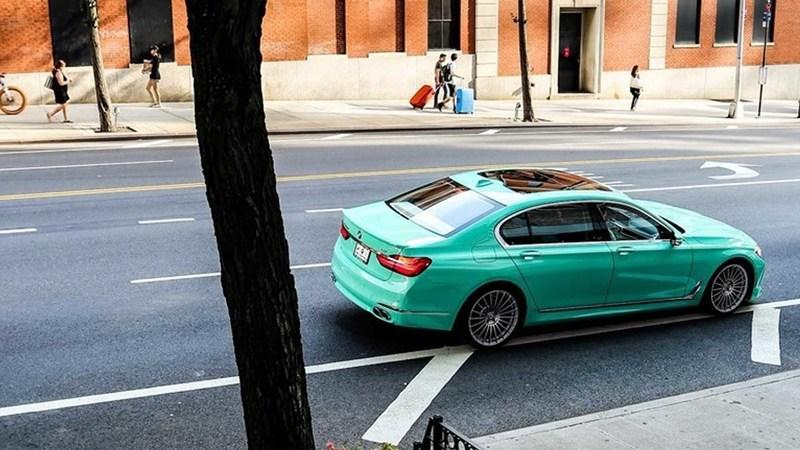 Alpina B7薄荷绿涂装车型图片曝光,极具少女心
